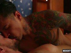 cumshot filmi film 1 ile latin eşcinsel anal seks