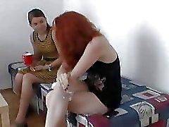 Zuzinka in trio con rossa sexy di