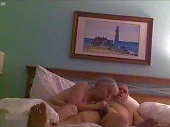 Knulla Pig Debbie suger Dick knullas på ryggen benen upp