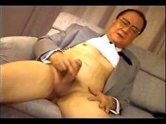 Japon yaşlı adam 103