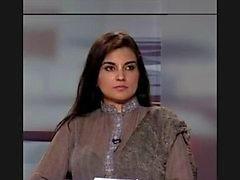 Pakistaanse Kashmala Tariq liefde chatten op telefoon schandaal