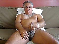 старшие мужчины и медведи Video 0005