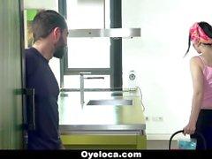 OyeLoca - Латина чистого Очищает дома и Cock !