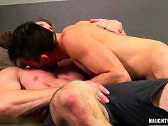 Big Dick Homosexuell Analsex und abspritzen
