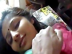 Керале в офисе очень милой девушкой боссу