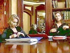 Populär Sekretärinnen Video Clips