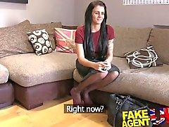 FakeAgentUK Creampie кастинг для парт временного танцовщика коленях