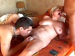 Waking en fuckin een blonde Franse volwassen