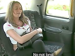 Cute amateur customer paid her taxi fare with a fuck