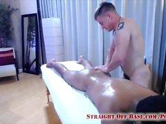 Militär Jungen Jax & Enzo Massage