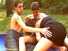 Outdoor öffentlichen Bisex Teens