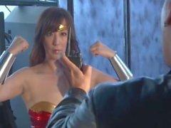 Powerfgul Heroine