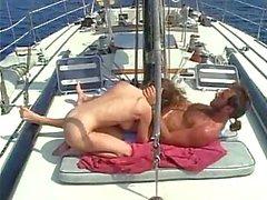 Utomhus jävla på yacht