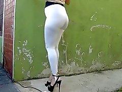 Пута Argentina EN Calza Blanca