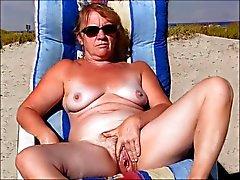 queen sulla spiaggia di 3
