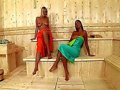 Сауна лесбиянок в HD Pt1 (720p)