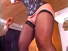 double fist anale - vaginal à a subsmissive Grosses sexy mûre