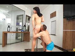 Colombian big booty tranny takes huge dick