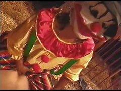 Clowns cazzo Kaitlyn Ashley