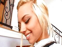 Blonde student verkiest pik te boeken
