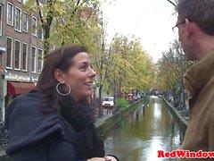 prostituée noire baisée pendant POV Doggystyle