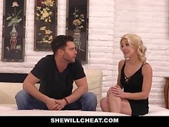 SheWillCheat - Soft Mature Pussy es golpeado