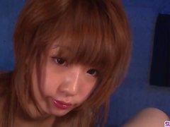 Sana Anzyu würde eine große Ladung ihrer bedürftigen Kehle lieben