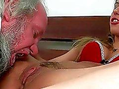 Flicka bestraffar samt att knulla en farfars