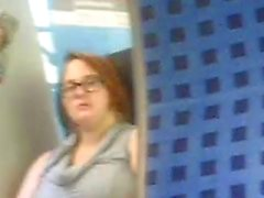 hän nähdä minut masturboi junassa