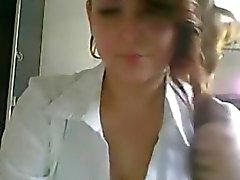 Mignons gros seins grosse étudiante de tac moque de de webcam la plus