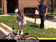 ExxxtraSmall - Netter Biker lernt, Hahn zu reiten