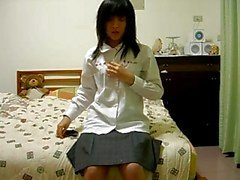 hårig kinesisk flicka på cam