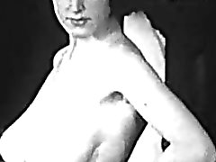 Povekas MILF osoittaa hänen Saastainen Runko ( 1950 vintage )