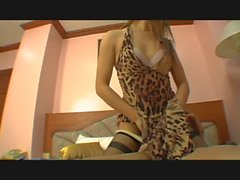 Ardente anale transsexuel asiatique baisé sur hôtel Maison de la chambre