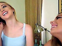 Chloe e Trisha 2 adolescentes corda ligada