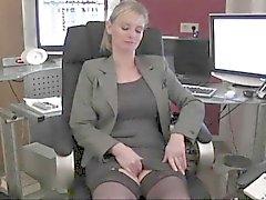 DirtyTina - Die Sekretaerin Part1
