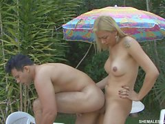 Angel Star fucks guy outdoor