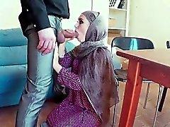 Arab teen casting snapchat Biz Kiralanmuyoruz, Ama Bir J Var