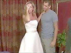 Steg Moms Bröllopsklänning Fantasi