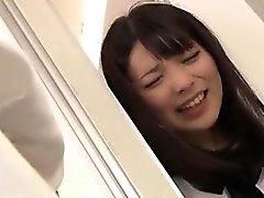 Schönes Japan Schweiz School Girl bekommt anal gefickt