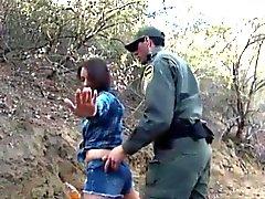 bambina amatore scopare da del Messico agente di BP per sneaking