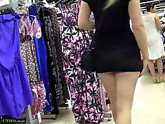 MallCuties Due ragazze dilettanti scopano di negozio