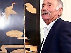 Ruskeaverikkö Vicotira Valencia Oral kolmen kimppa vanhoja herroja