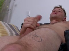 ActiveDuty Solo Straight Military Guy мастурбирует для вас