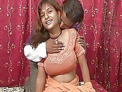 Primer entrevista de sexuales por tetas hijo Índico