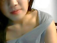 Aziatische tiener Close-up Play met Pussy