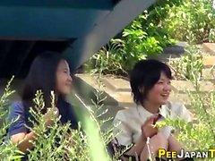 Japansk tonåring babes kissa