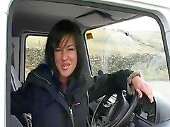 Englannin Slut LB- Fucks Stranger In Van