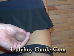 Tatouées Ladyboy Wanks En Asie Hôtel