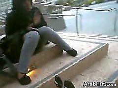 Полненькие Arab девушки милые Feet открытом воздухе